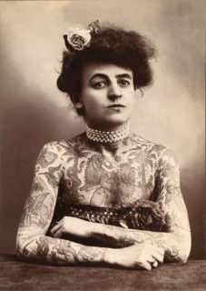 Maud Wagner e altre 4 donne dell'Ottocento e inizio Novecento più tatuate di Fedez