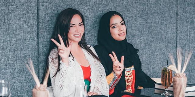"""""""La verità sulle donne arabe"""" di Benedetta Paravia, un'italiana a Dubai"""
