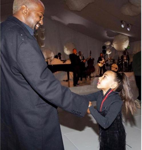 Se un bambino di 7 anni regala un gioiello Tiffany alla figlia di Kim Kardashian