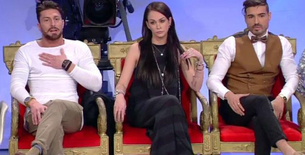 Il peso di essere influencer: la lotta contro l'anoressia di Valentina Dallari