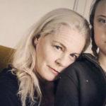 La bassezza di chi pensa di sminuire Greta Thunberg usando sua madre Malena Ernman