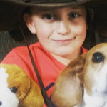 Storia d'amore di un bambino e del suo cane Rocksy, oltre la malattia