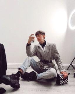 Quanto è facile fingersi ricchi su Instagram: l'esperimento social di un 19enne