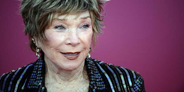 Shirley MacLane, la signora con gli occhi da ragazzina che crede in un'altra vita