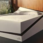 """Ecco il letto che rimette al proprio posto i partner che """"sconfinano"""" nella nostra metà"""