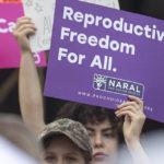Perché lo sciopero del sesso per tutelare l'aborto non ha senso
