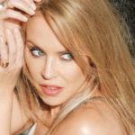 Dal tumore alle insicurezze, la vita fragile e coraggiosa di Kylie Minogue