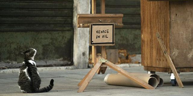 """""""Venice in oil"""", l'ultima opera di Bansky esposta (e fatta rimuovere) a Venezia"""