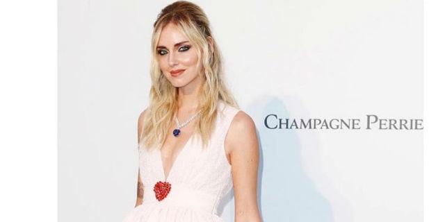 Chiara Ferragni indossa gli abiti H&M per la collezione di Giambattista Valli