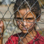 Un bambino su tre derubato dell'infanzia: i numeri dell'orrore