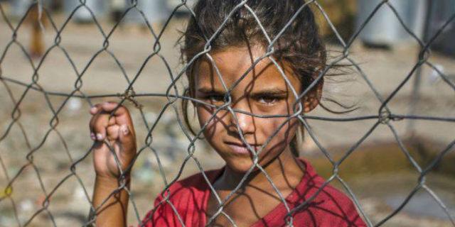 I bambini a cui viene rubata l'infanzia: i numeri dell'orrore