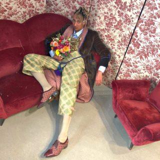Il look etereo di Ghali e dalla sua fidanzata Mariacarla Boscono alla sfilata di Gucci