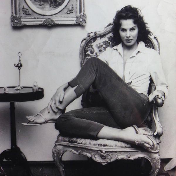 """""""Ero bellissima ma infelice"""": gli amori """"senza fine"""" di Ornella Vanoni"""