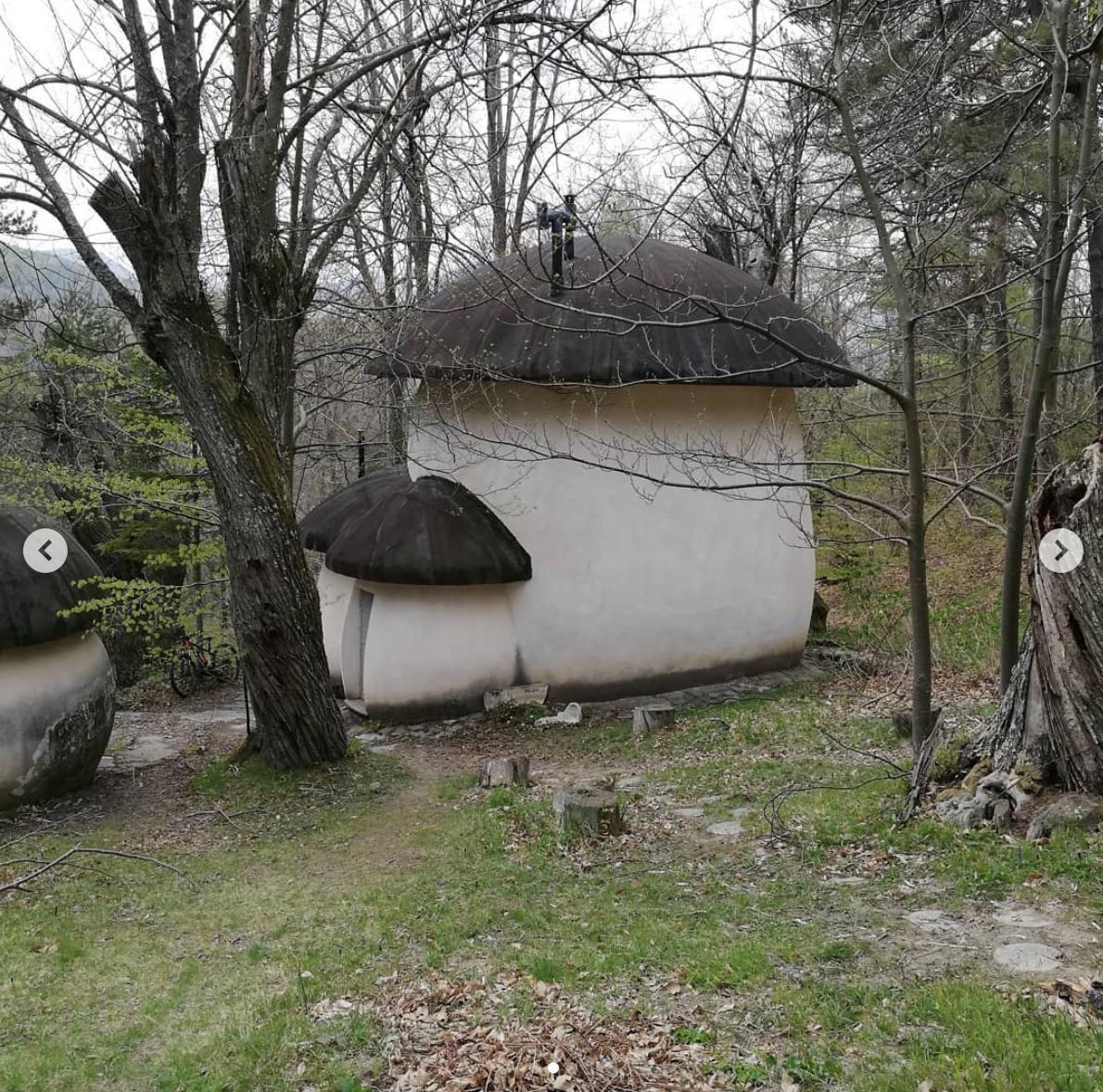 Il villaggio dei Puffi esiste e si trova in Italia