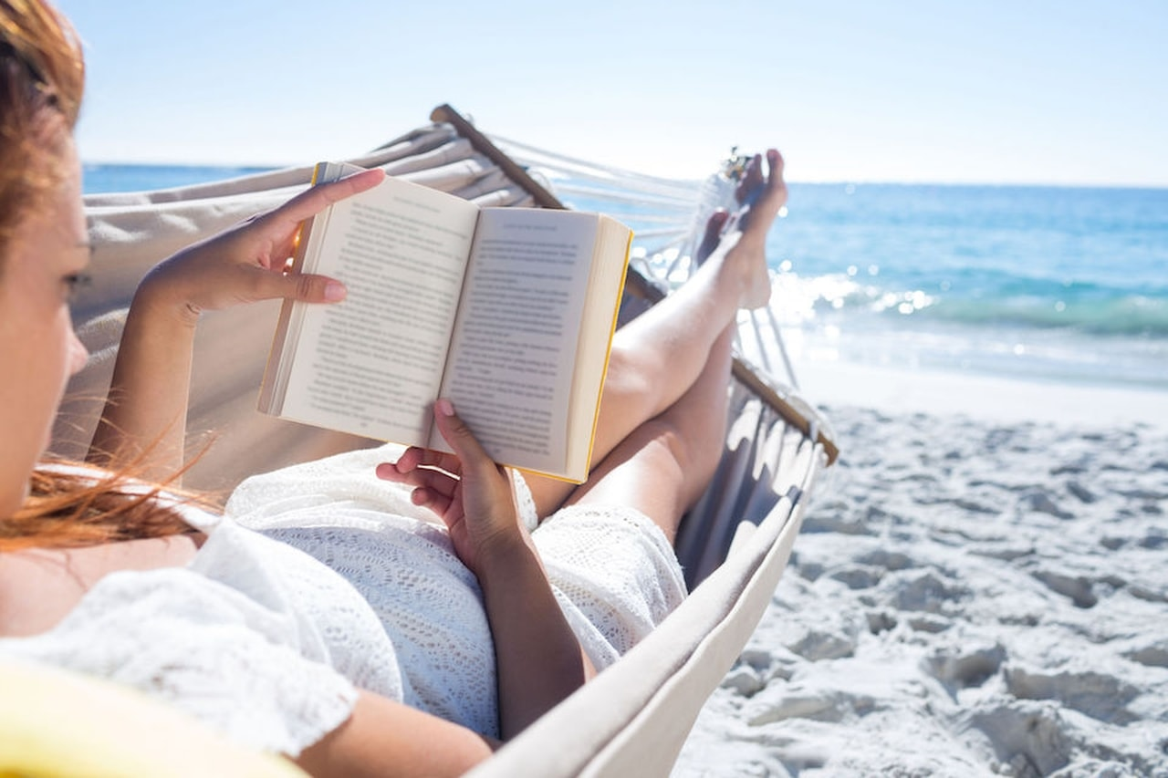 Fare il libraio alle Maldive: come candidarsi per il lavoro dei sogni