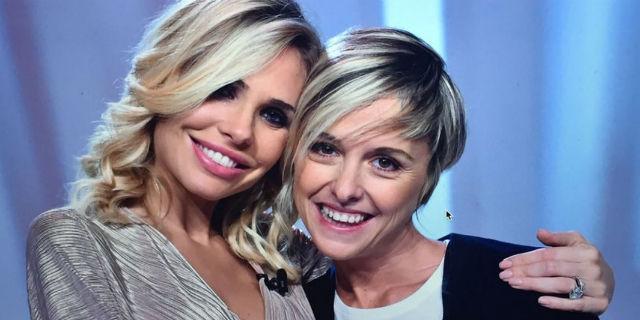 Quegli insulti assurdi a Ilary Blasi e ai vip per il funerale di Nadia Toffa