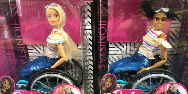 """Perché ho pianto quando ho visto una Barbie in sedia a rotelle"""