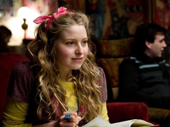 Il dramma e la verità di Jessie Cave, la giovane attrice di Harry Potter