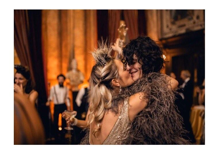 L'amore punk e anticonformista tra Carolina Crescentini e Motta