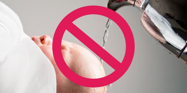 Sbattezzo: la scelta (e l'iter) di chi rinuncia al sacramento del battesimo