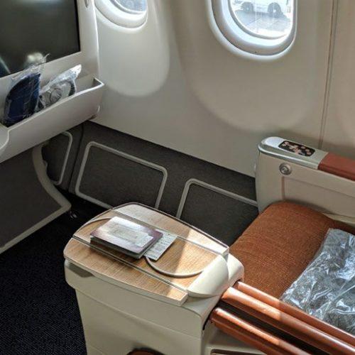 Come si viaggia in Economy, Business e First Class in 20 immagini