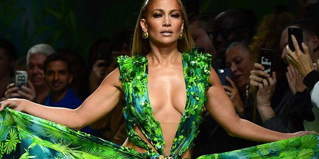 I cinquant'anni spiegati da Jennifer Lopez