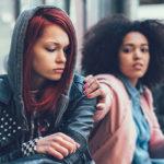 Invidia femminile: come ci hanno insegnato a competere con le altre donne