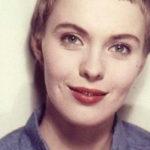 Jean Seberg, storia dell'attrice di Hollywood che il potere costrinse al suicidio