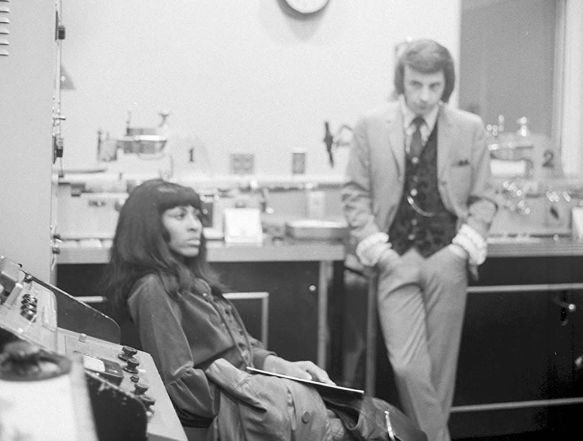 Tina Turner e quegli orrori familiari indicibili da cui rialzò la testa