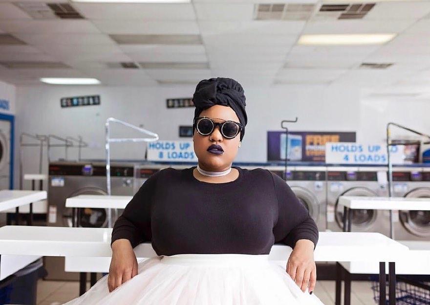 Ode a Leah Vernon, donna, nera, grassa e musulmana e... Perfetta