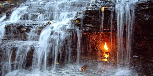 Cos'è la fiamma eterna di Chestnut Ridge e come è possibile che non si spenga mai