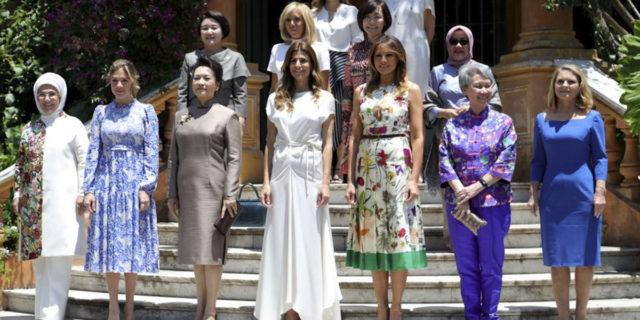 """First lady: quelle """"grandi donne dietro (siamo sicuri?) a grandi uomini"""""""