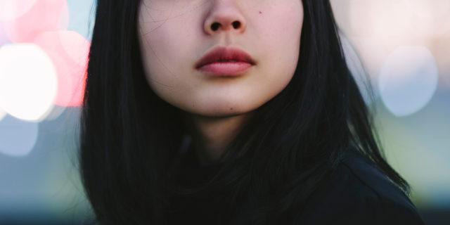 """ll virus dell'ignoranza: """"Io, derisa e isolata a 17 anni per i miei occhi a mandorla"""""""