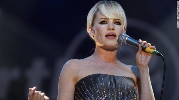 """""""Rapita, stuprata e drogata"""", il dramma dietro la scomparsa di Duffy dalla musica"""