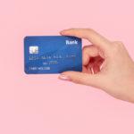 """""""Mai lasciare la carta di credito in mano alle donne"""": la verità dietro le parole"""