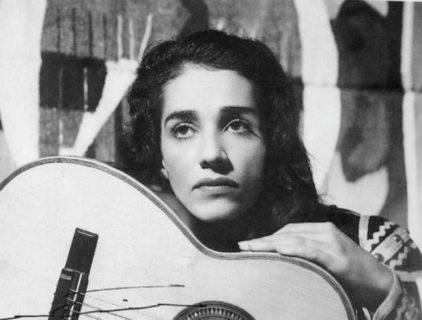 Chavela Vargas, l'incanto di una musa che amò e fu amata anche da Frida Kahlo