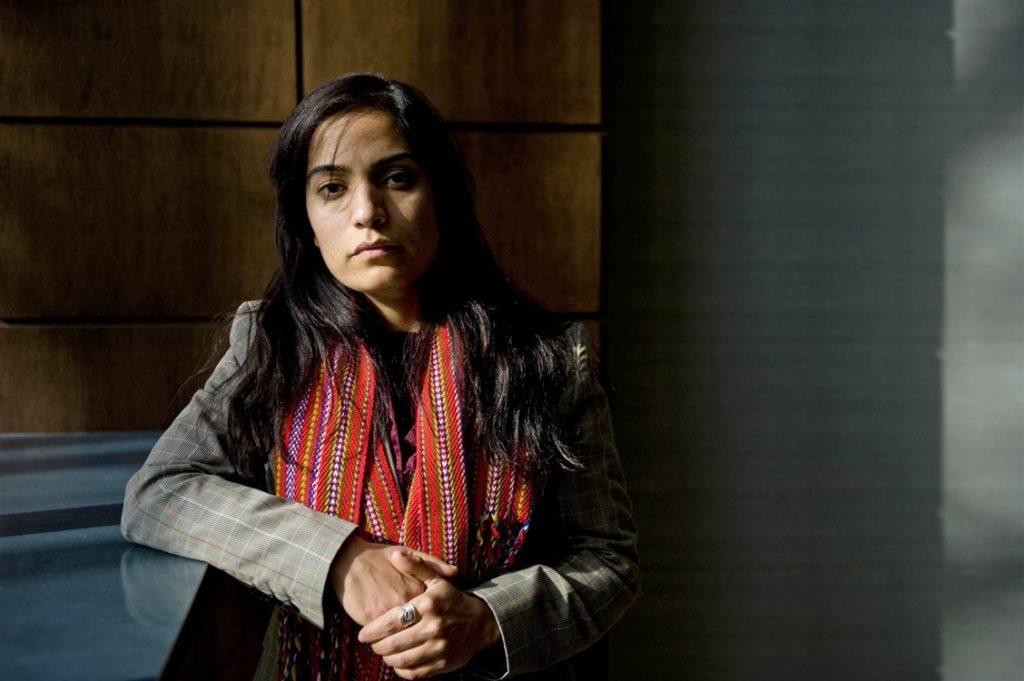 Malalai Joya e quelle madri che possono solo aspettare che i loro figli muoiano