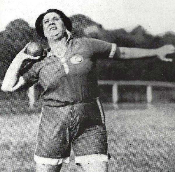 """La terribile fine di Violette Morris, atleta espulsa perché violava gli """"standard morali"""""""