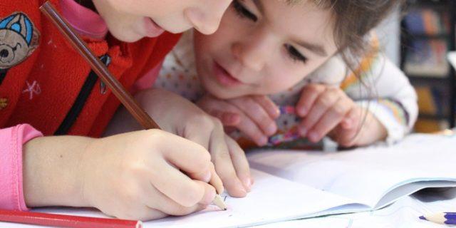 Educazione di genere: tutta la discriminazione che insegniamo ai nostri figli