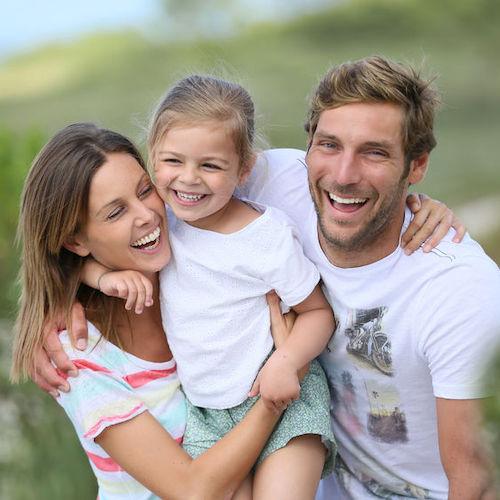 Co-genitorialità elettiva: viaggio tre le app per trovare la persona giusta con cui fare un figlio