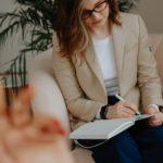 7 motivi per non vergognarsi di dire che andiamo dallo psicologo