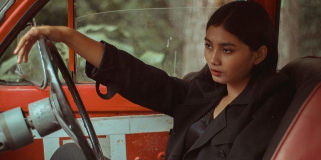 Donne al volante: 4 cose che tutte le donne che guidano possono capire