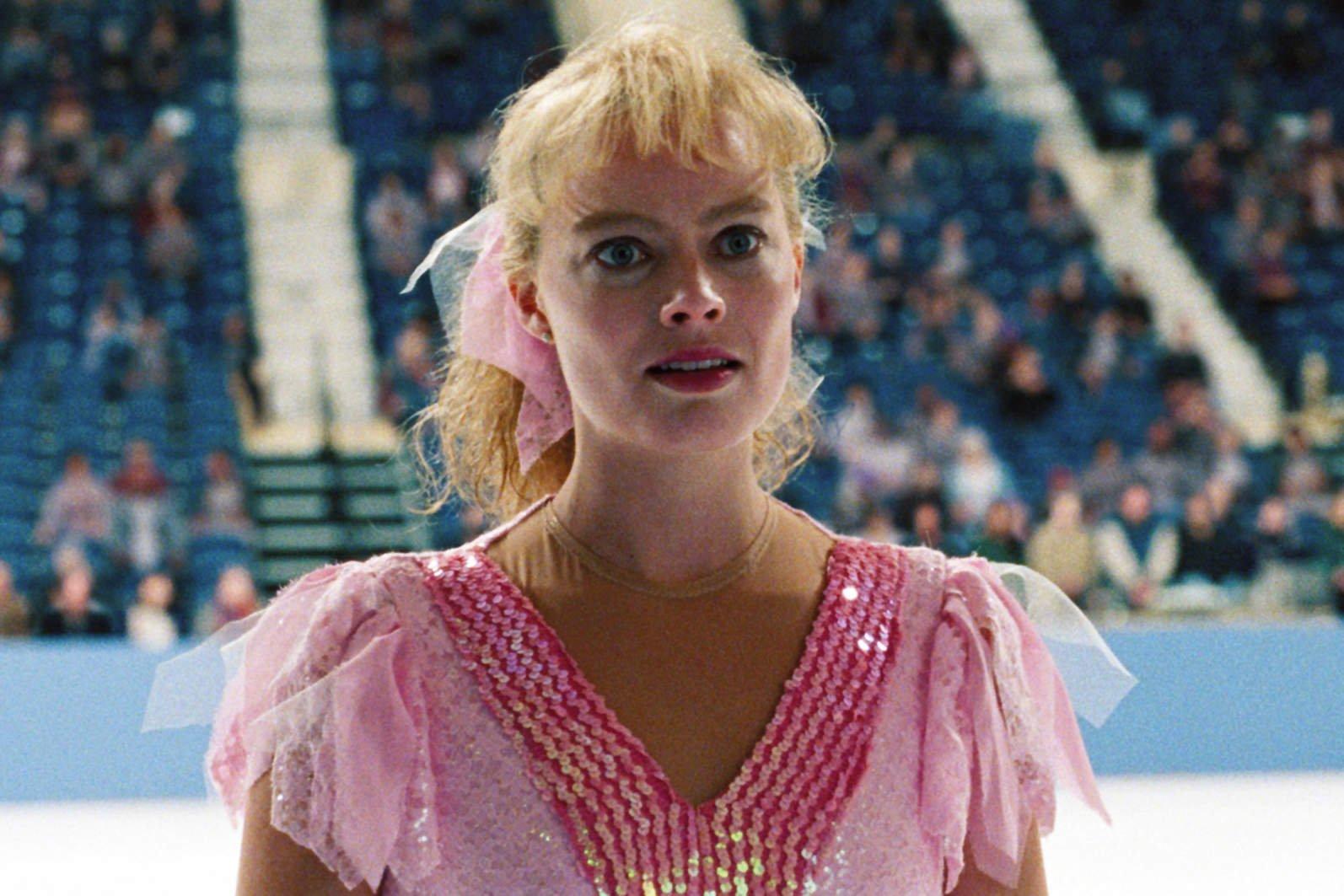 """Margot Robbie: """"Tutto è iniziato quando ho dato un pugno a Leonardo Di Caprio"""""""