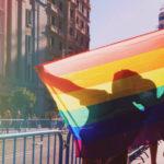La storia della bandiera arcobaleno e il significato dei suoi colori