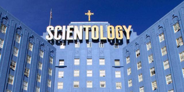 Scientology: origini, principi e quel controverso rapporto con le donne