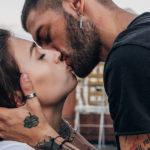 """Cos'è lo """"Slow love"""" dei Millennials, che forse hanno qualcosa da insegnarci"""