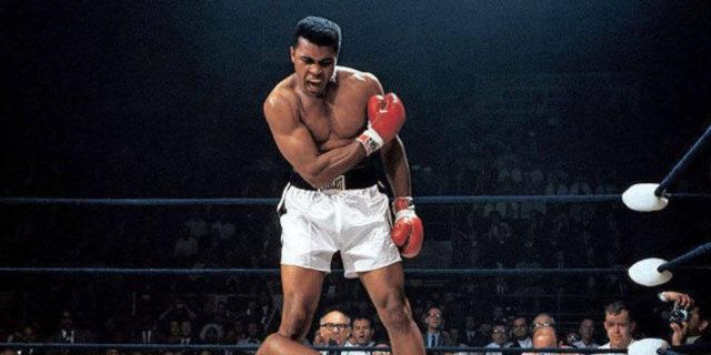 Muhammad Ali, la farfalla che punse come un'ape (anche il morbo di Parkinson)