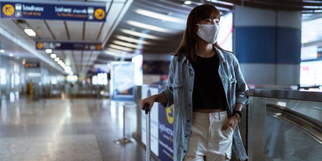 Travel shaming, insultare chi può o deve viaggiare non ci ridarà la libertà