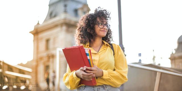 """Cos'è il curriculum dello studente che chi fa la maturità """"avrà in tasca"""""""