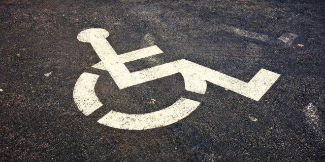 """""""Non sembra neppure disabile"""" non è un complimento, è abilismo"""